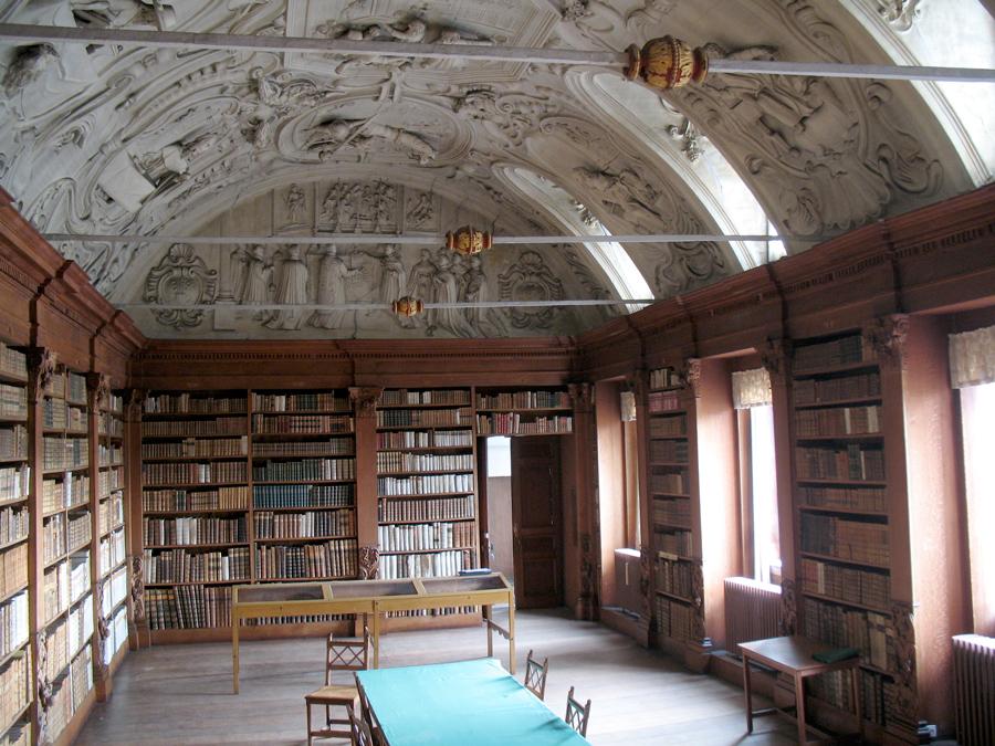 Abdij van park bibliotheek studio roma for Interieur leuven