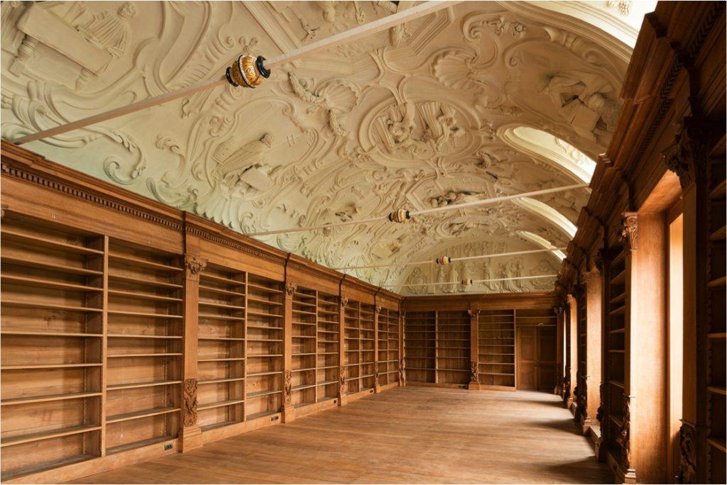 Restauratie stucwerkplafonds van Hansche in de Abdij van Park