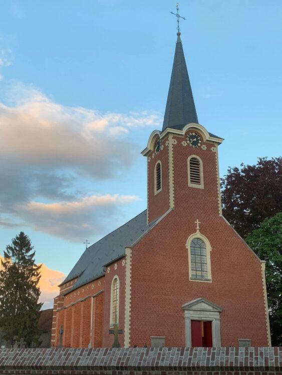 Heilige Kruiskerk te Korbeek-Lo